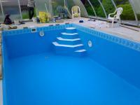Szivárog a medence - megoldás: medencefóliázás